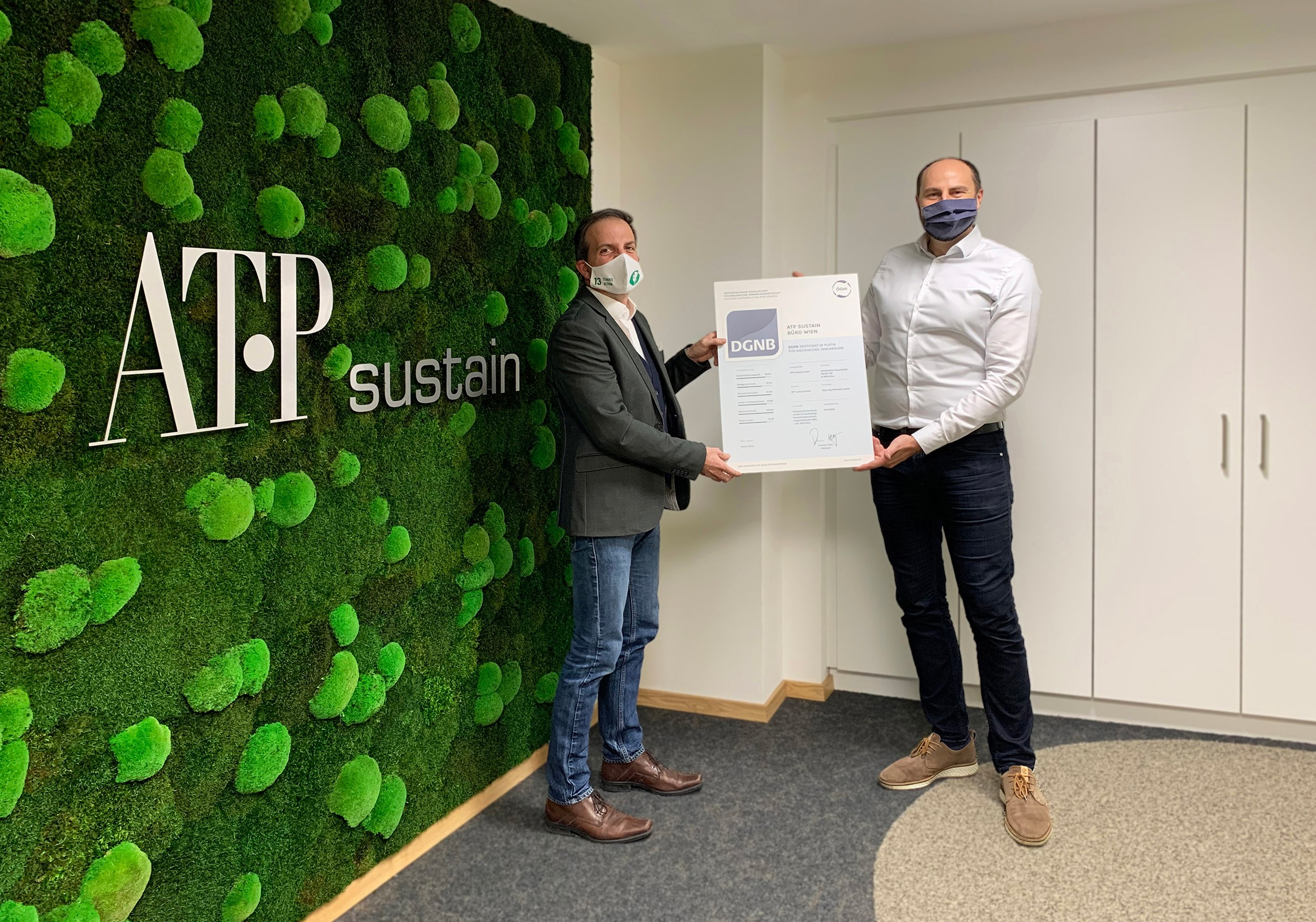 Michael Haugeneder, Managing Director, ATP sustain (left), and Tobias Hutter, Authorized Signatory, ATP sustain (right), are delighted by the certification.<br><span class='image_copyright'>ATP sustain</span><br>