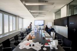 Die Jury der ATP-Challenge 2020 bestand aus Lilly Hollein, Direktorin der Vienna Design Week, Thomas Stiefel, Senior Strategy Consultant und Partner bei Mint Architecture, ATP-CEO Christoph M. Achammer, Umdasch-CEO Silvio Kirchmayr und Wojciech Czaja, DER <br><span class='image_copyright'>ATP/Florian Schaller</span><br>