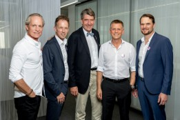 From left: Thomas Stiefel (partner of Mint), Kees van Elst (partner of Mint), Christoph M. Achammer (CEO of ATP architects engineers), Matthias Wehrle (partner of ATP in Zurich), Peter Roth (CEO of Mint Architecture).<br><span class='image_copyright'>ATP/Mint/Soland</span><br>