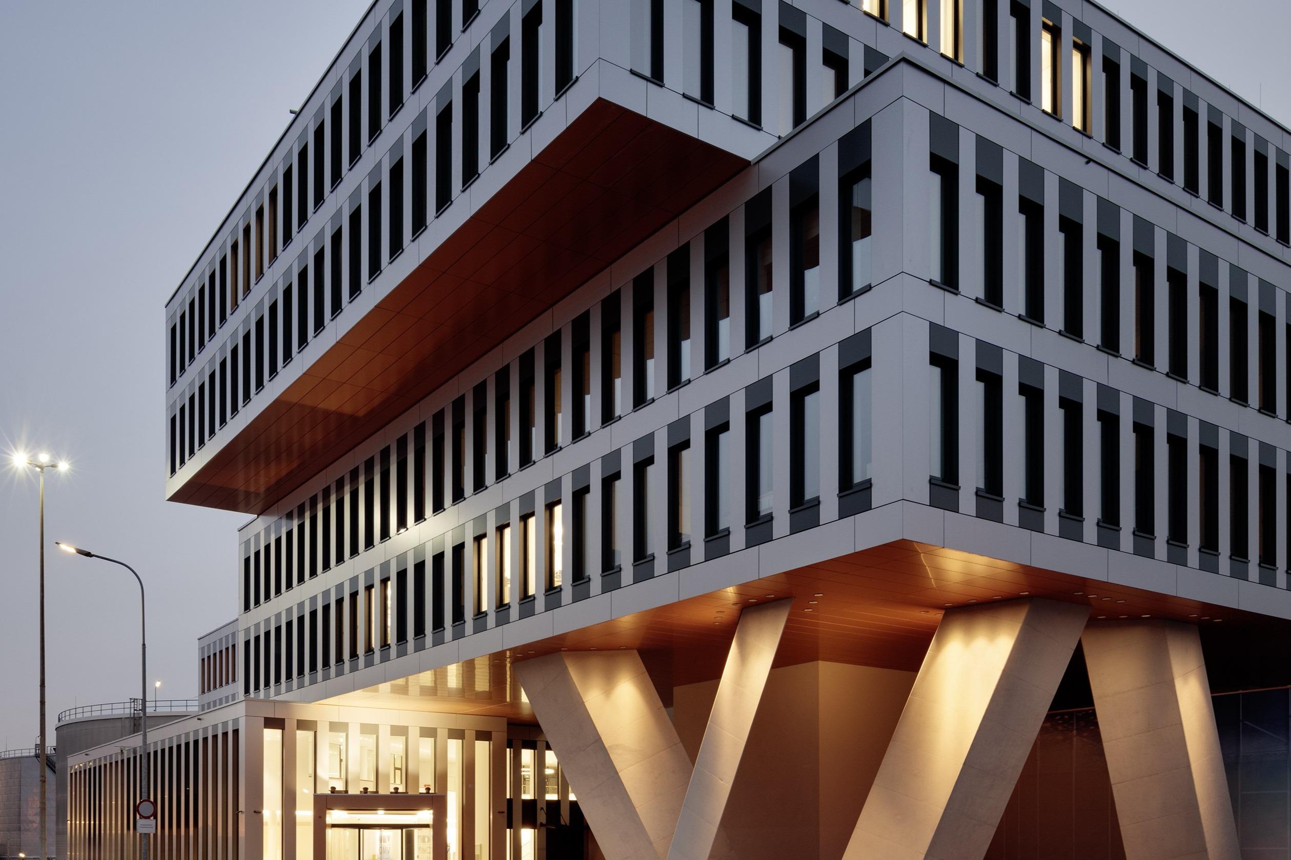 Pressefoto 'OMV Gebäude'<br><span class='image_copyright'>ATP/Kuball</span><br>