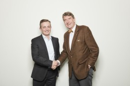 Roger Bless, CEO of FactoryXperts and Christoph M. Achammer, CEO of ATP.<br><span class='image_copyright'>FactoryXperts/Stertzik</span><br>