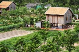 Die Farmfamilien finden in ihren eigenen Bungalows ein neues Zuhause.<br><span class='image_copyright'>Smiling Gecko Cambodia</span><br>